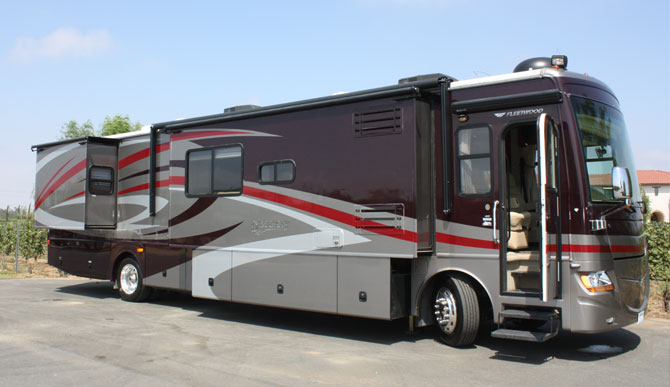 the-discovery-production-motorhome-featured
